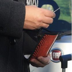 Réunir tous les documents de voyage dans cette petite sacoche originale : tout sous la main en un temps record ~ Made in France
