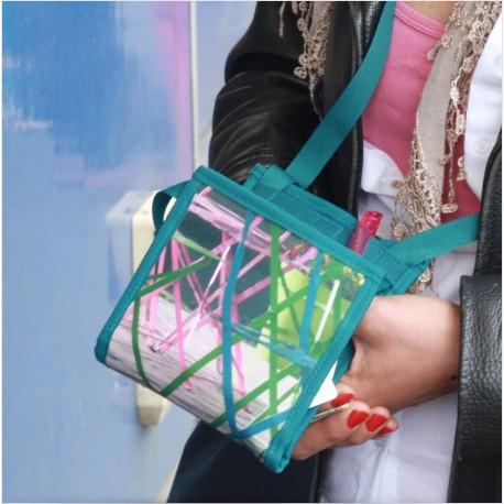 Un petit sac a main pratique et séduisant - Made in France - Ce sac exploite un système d'ouverture sécurisé