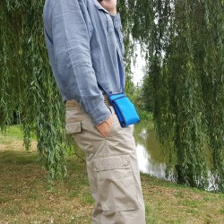 Partez avec cette pochette de voyage sécurisée puis utilisez là comme sacoche élégante, discrete et pratique ~ Made in France